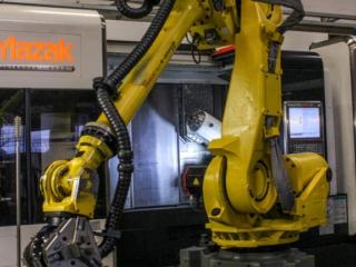CNC Verspanen ontvetten robot
