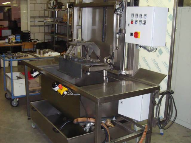 Machinebouw - RVS Dompel lektester | amtgroup.nl