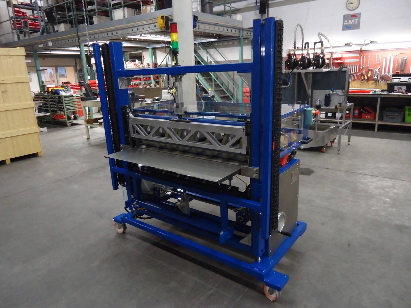 Machinebouw - Folie cutting machine   amtgroup.nl