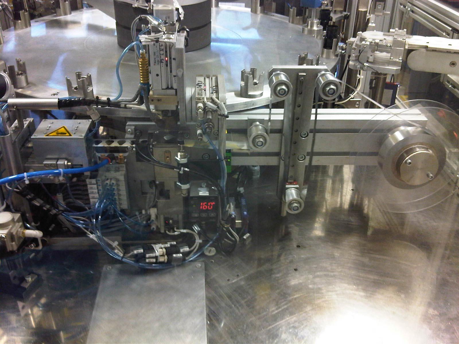 Machinebouw - Folie seal apparaat   amtgroup.nl
