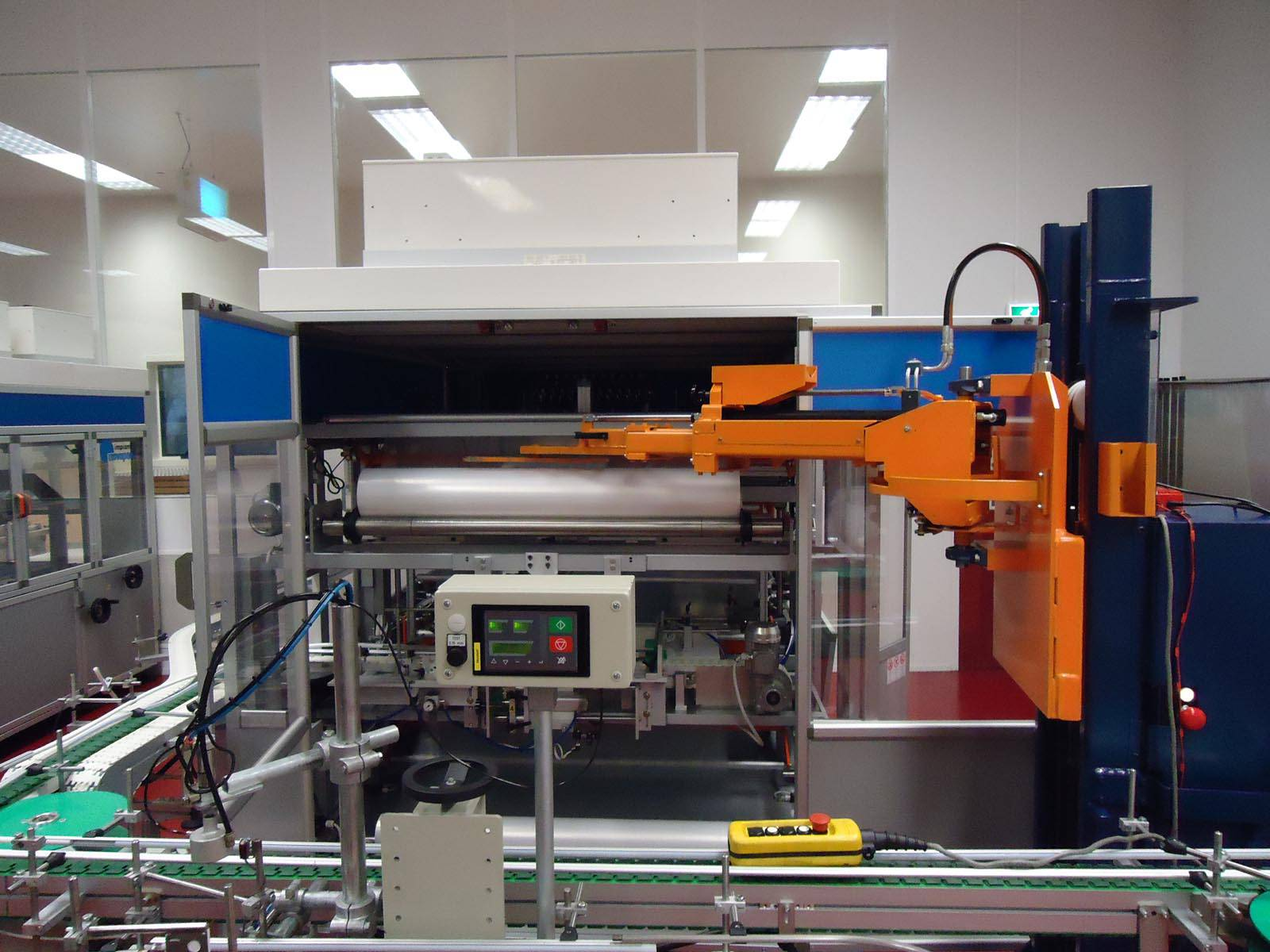 Machinebouw - Folie verpakkingsmachine   amtgroup.nl