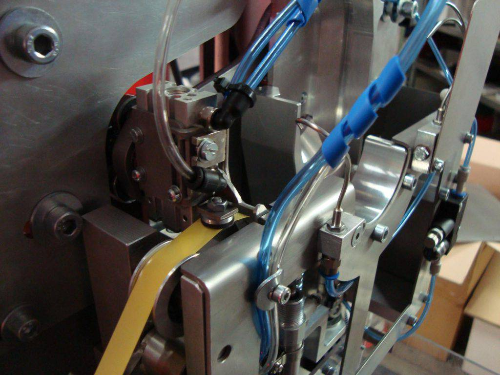Machinebouw - tape dispenser | amtgroup.nl