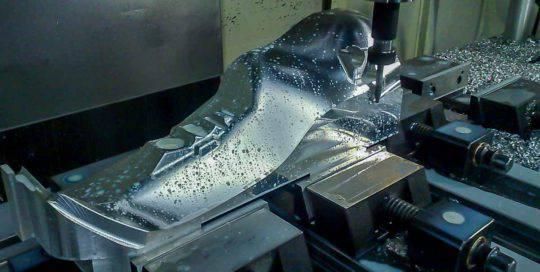 Metaaltechniek lasermal CNC-frezen | amtgroup.nl